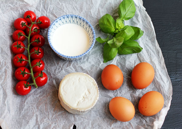 Ingredients: Cherry tomatoes, Cream, Eggs, Basil and Goat cheese